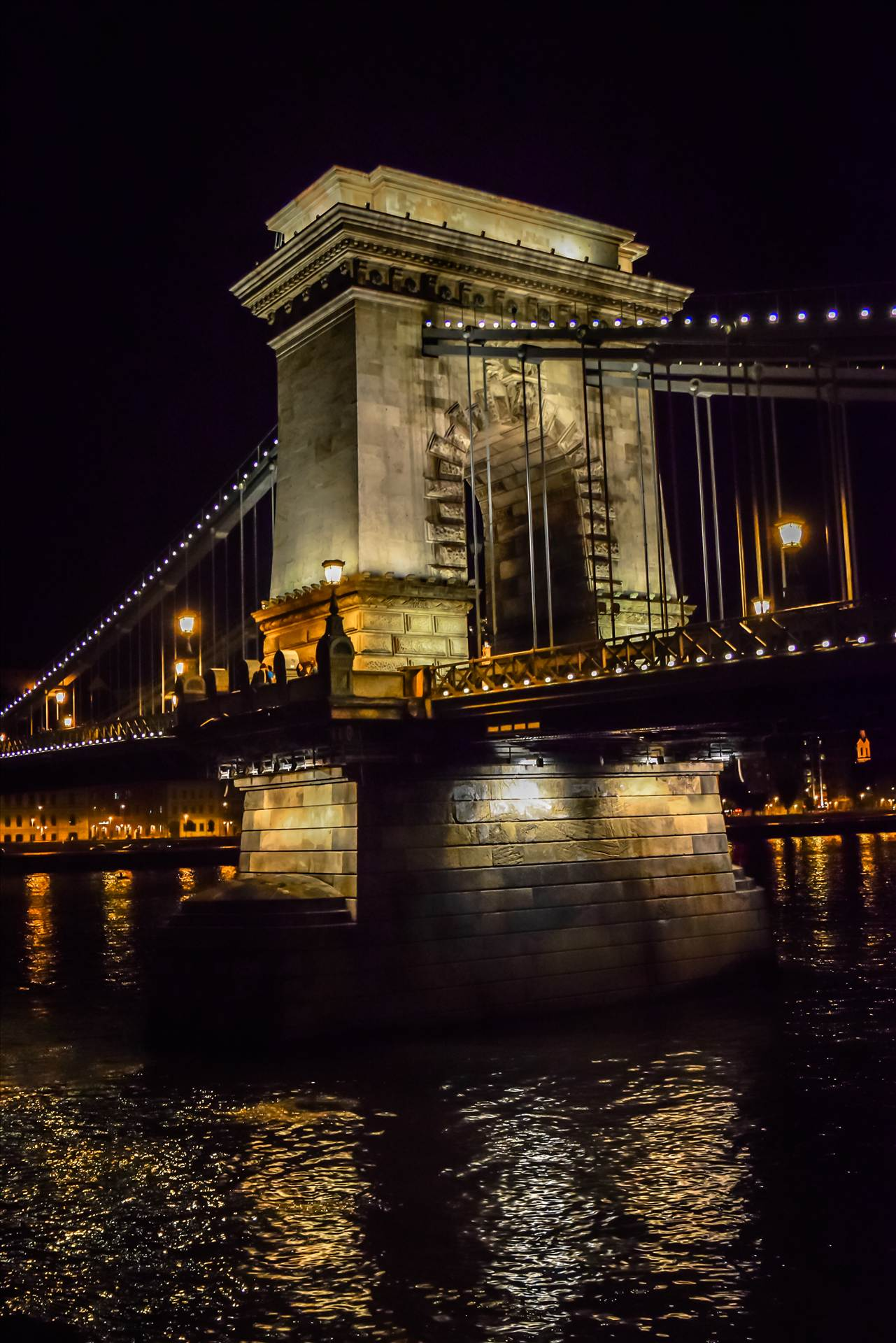 _DSC0236.jpg - Budapest Bridge at night. by Dennis Rose